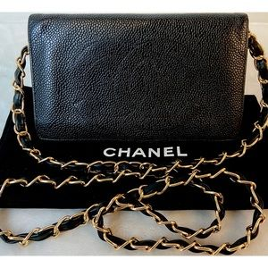 CERTIFIED AUTH. CHANEL CAVIAR CC LONG WALLET